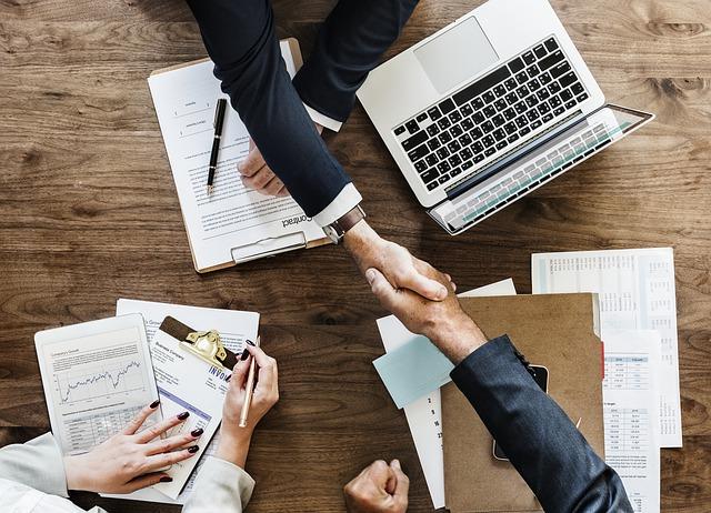 שיווק ומיתוג - מדריך עסקים עושים עסקים