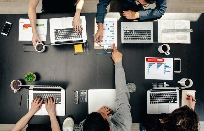 איך בוחרים מומחה לקידום אתרים